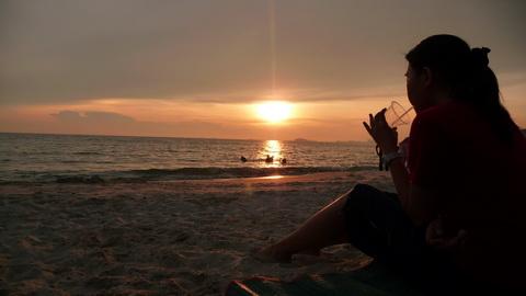 Matahari terbenam, Pantai Batu 11